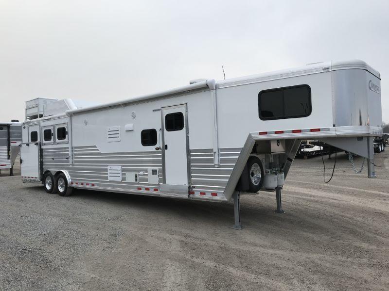 2021 3 HORSE CIMARRON GOOSENECK LIVING QUARTERS HORSE TRAILER