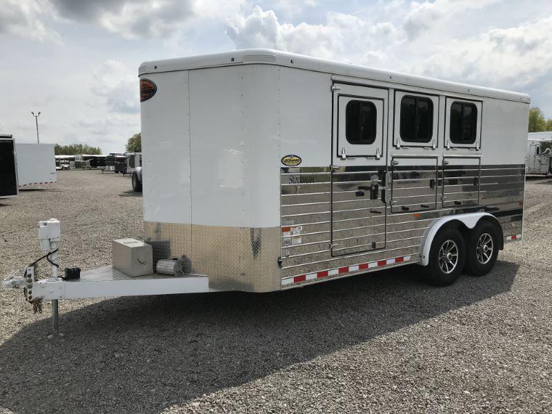 2016 3 HORSE SUNDOWNER BUMPER PULL W/DRESS HORSE TRAILER