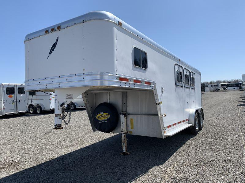 1989 3 HORSE FEATHERLITE GOOSENECK W/DRESS HORSE TRAILER