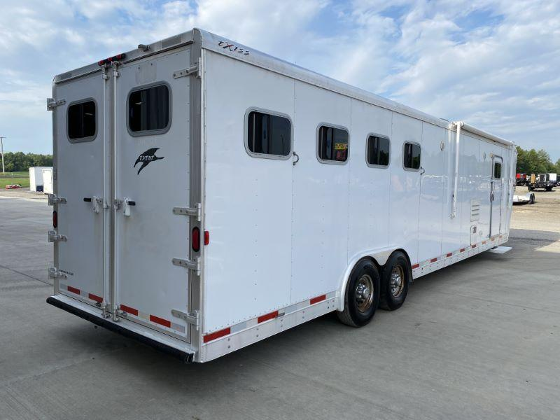 2006  4 HORSE  EXISS GOOSENECK LIVING QUARTERS HORSE TRAILER