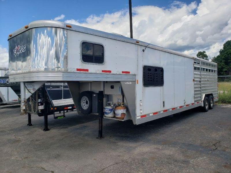 2015 EXISS GOOSENECK STOCK COMBO WITH LIVING QUARTERS