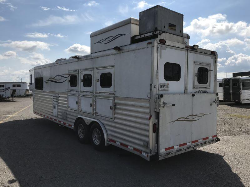 2003  3 HORSE  BLOOMER GOOSENECK WITH LIVING QUARTERS HORSE TRAILER