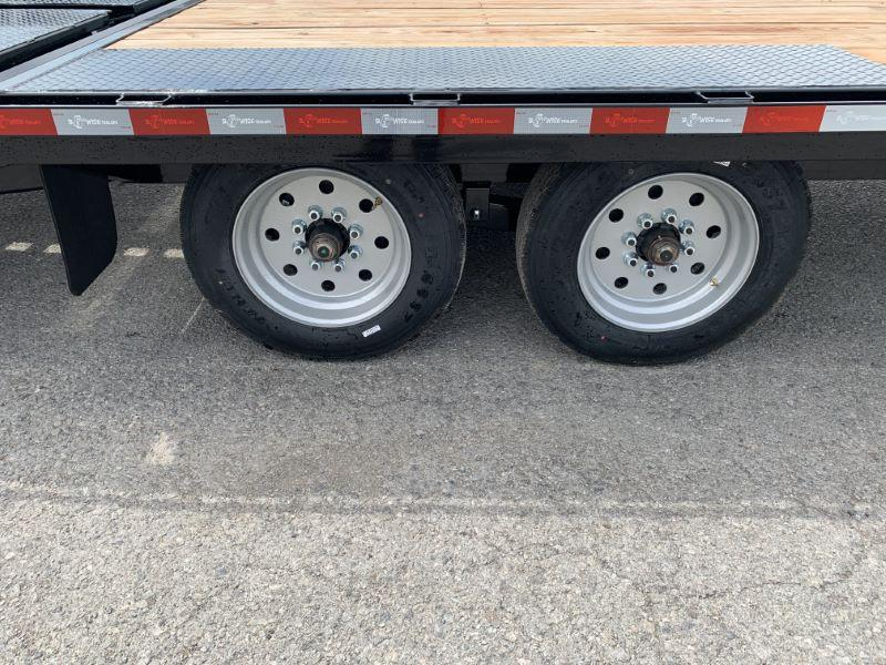 2020 24' BWISE GOOSENECK EQUIPMENT TRAILER