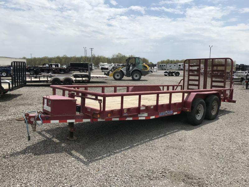 2015 20' LOAD TRAIL TANDEM AXLE UTILITY TRAILER