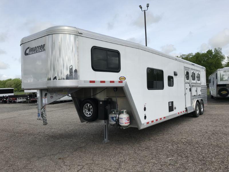 2019 3 HORSE CIMARRON GOOSENECK W/LIVING QUARTERS HORSE TRAILER