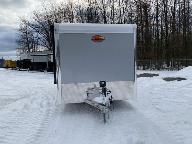 2021  22'  SUNDOWNER BUMPER PULL WITH LIVIVNG QUARTERS TOY HAULER