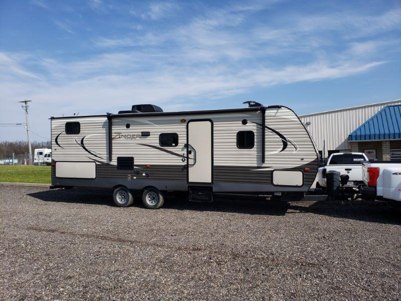 2017 27' CROSSROADS ZINGER BUMPER PULL TRAVEL TRAILER