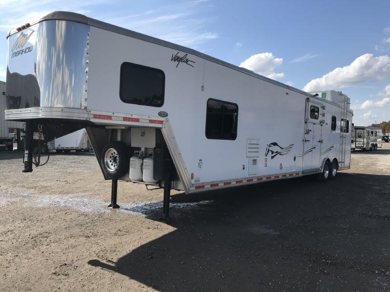2010  2 HORSE  MERHOW GOOSENECK WITH LIVING QUARTERS HORSE TRAILER