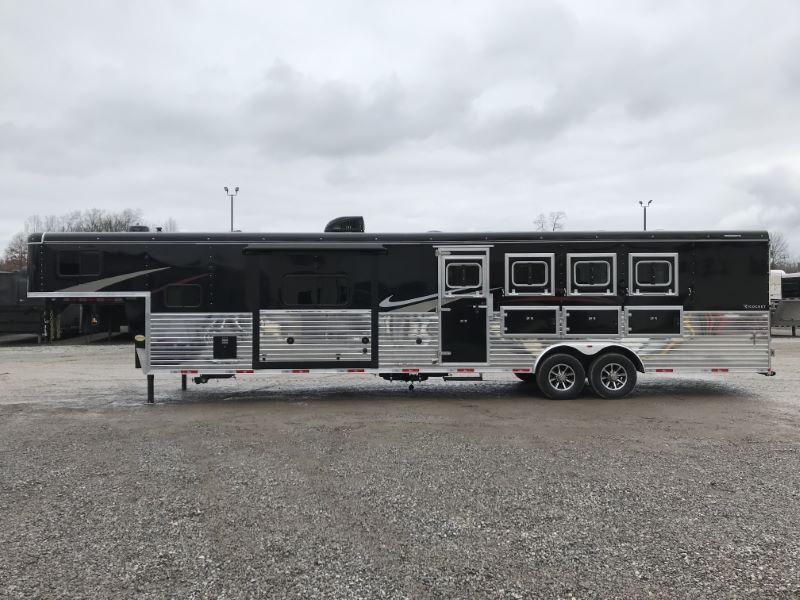 2021 4 HORSE BISON GOOSENECK W/LIVING QUARTERS HORSE TRAILER