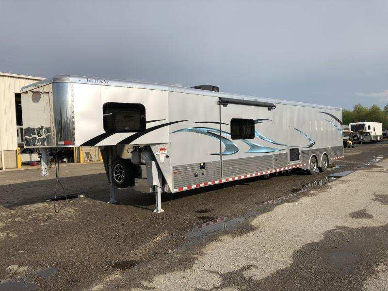 2019 8.5X46.5 SUNDOWNER GOOSENECK LIVING QUARTERS TOY HAULER