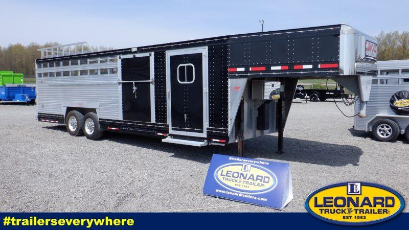 2015  26'   EBY GOOSENECK STOCK TRAILER