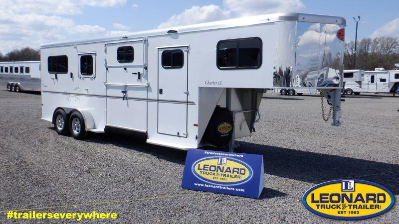 2021 3 HORSE SUNDOWNER GOOSENECK W/DRESS HORSE TRAILER
