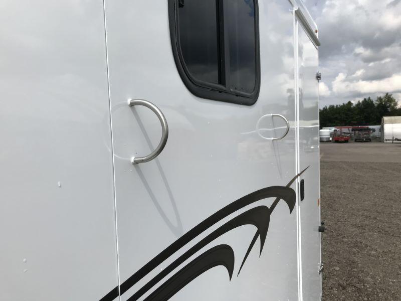2021  2 HORSE  TRAILS WEST BUMPER PULL HORSE TRAILER