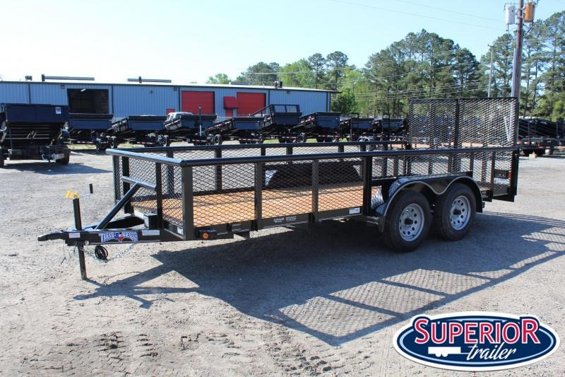 2020 Texas Bragg Trailers 16P 2ft Expanded Sides and Split Tailgate