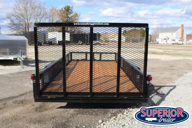 2021 Texas Bragg Trailers 16P w/ Expanded Sides and Gate