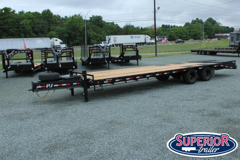 2021 PJ Low Pro 30ft PL Pintle Flatbed w/ Disc Brakes and Monster Ramps