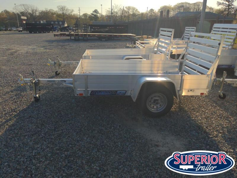 """2022 Aluma 548  w/ 12"""" Solid Sides and Tailgate"""