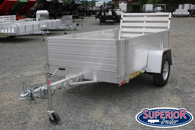 """2021 Aluma 548 LW  w/ 24"""" Solid Sides and Tailgate"""