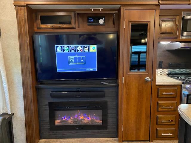 2018 Jayco Eagle 321RSTS Fifth Wheel Campers RV