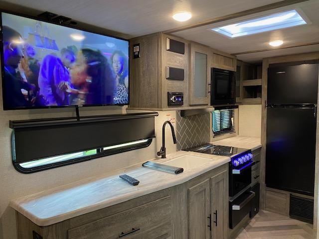 2021 Forest River Salem SALEM HEMISPHERE 17 RBHL Travel Trailer RV