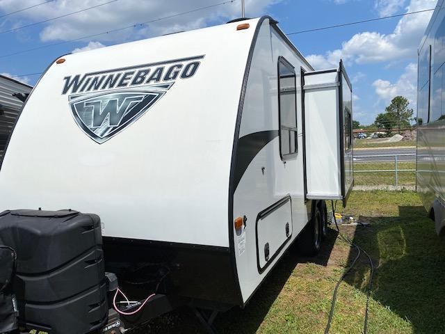 2019 Winnebago Minnie Winnie M- 2106DS Travel Trailer RV