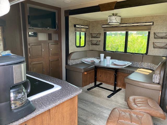 2017 Coachmen Freedom Express 248 RBS Travel Trailer RV