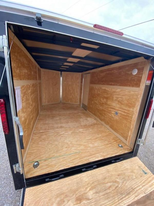2020 Homesteader Inc. 712IT Enclosed Cargo Trailer