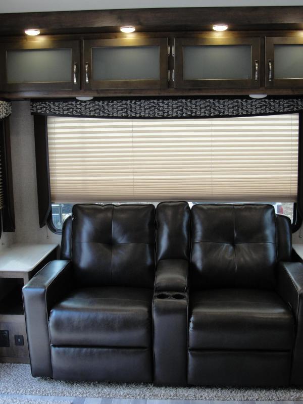 NEW 2018 Keystone RV  Aerolite 2513RLF Travel Trailer