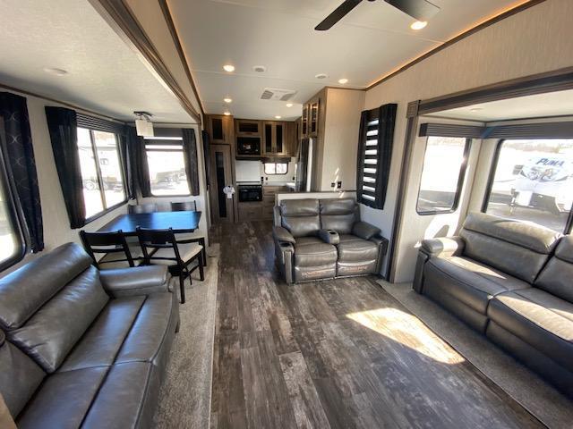 2022 Forest River Inc. Sabre 37FBT Fifth Wheel Campers RV