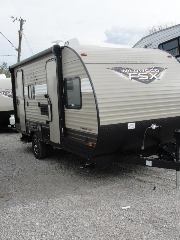 2018 Wildwood FSX 190SS Travel Trailer