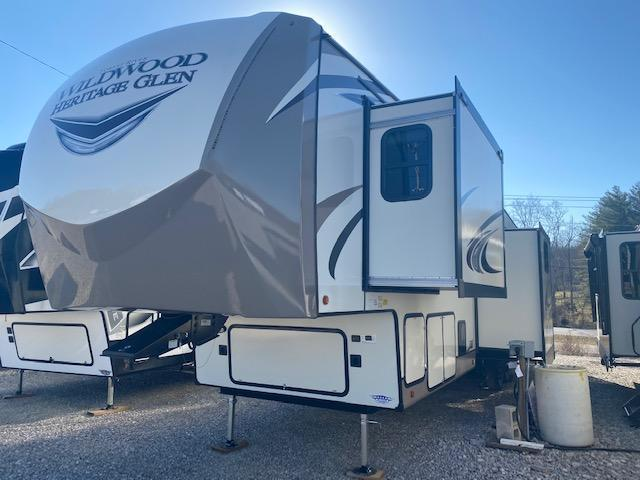2021 Forest River, Inc. Heritage Glen 369BL Fifth Wheel Campers RV