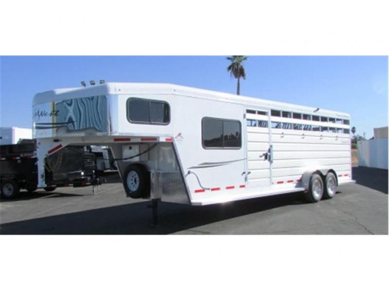 2019 Trails West Santa Fe 21ft. GN 2x7 Slant Tack
