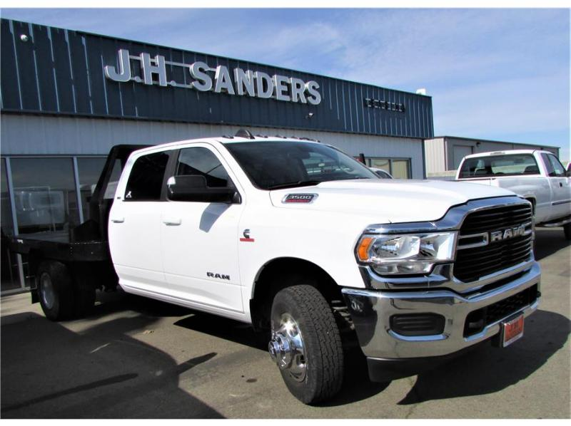 2020 Ram 3500 Crew Cab & Chassis SLT Cab & Chassis 4D