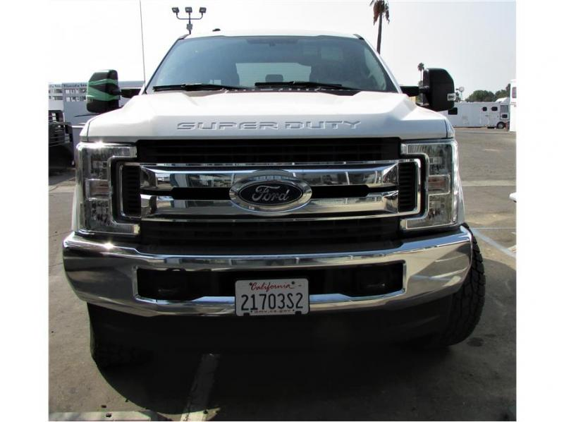 2019 Ford F250 Super Duty Crew Cab XL Pickup 4D 6 3/4 ft