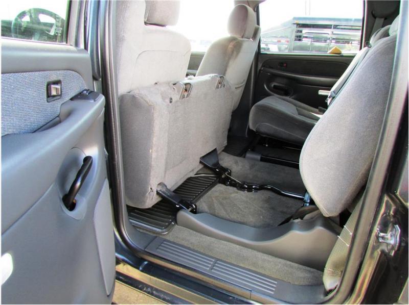 2003 GMC Sierra 2500 HD Crew Cab Pickup 4D 6 1/2 ft