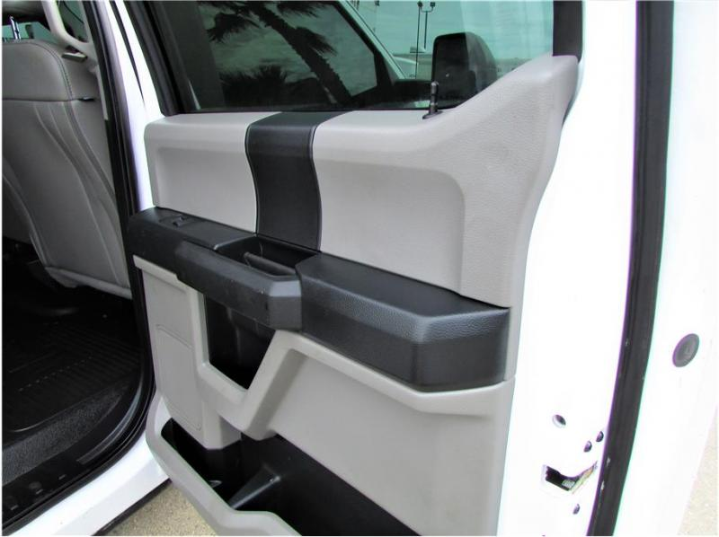 2019 Ford F350 Super Duty Crew Cab & Chassis XL Cab & Chassis 4D
