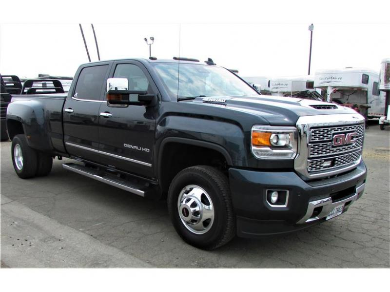 2018 GMC Sierra 3500 HD Crew Cab Denali 4wd 8 ft bed duall rear wheel
