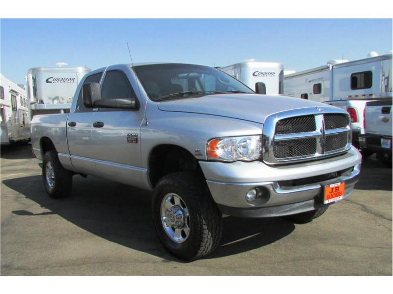 2004 Dodge Ram 2500 Quad Cab ST Pickup 4D 6 1/4 ft
