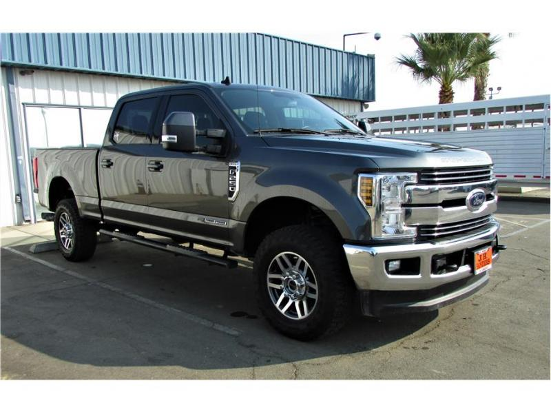 2019 Ford F250 Super Duty Crew Cab Lariat Pickup 4D 6 3/4 ft
