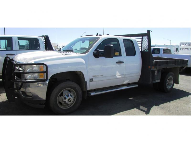 2011 Chevrolet Silverado 3500 HD Extended Cab Flat Bed