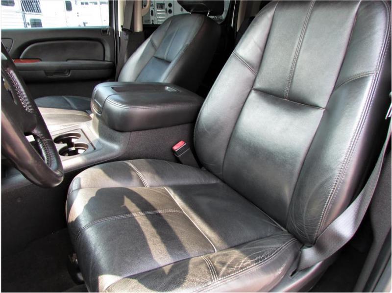 2009 Chevrolet Silverado 2500 HD Crew Cab LTZ Pickup 4D 6 1/2 ft
