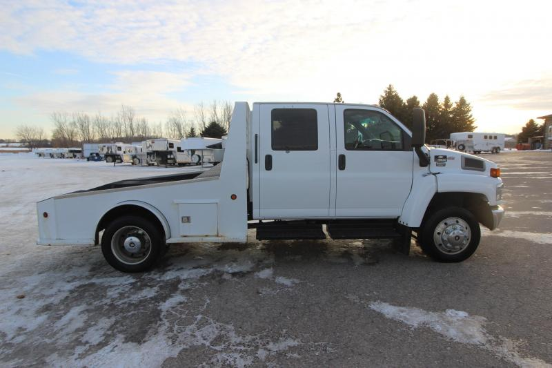 2007 Chevrolet 4500 2 Wheel Drive Flatbed Truck