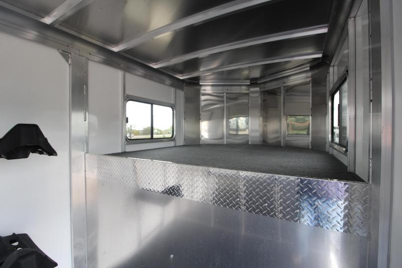 2021 Sundowner Trailers Charter 2HR GN Horse Trailer