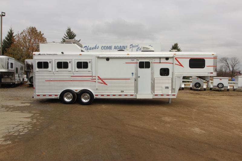 2005 Elite Trailers 3HR Slant Load 10' LQ Horse Trailer