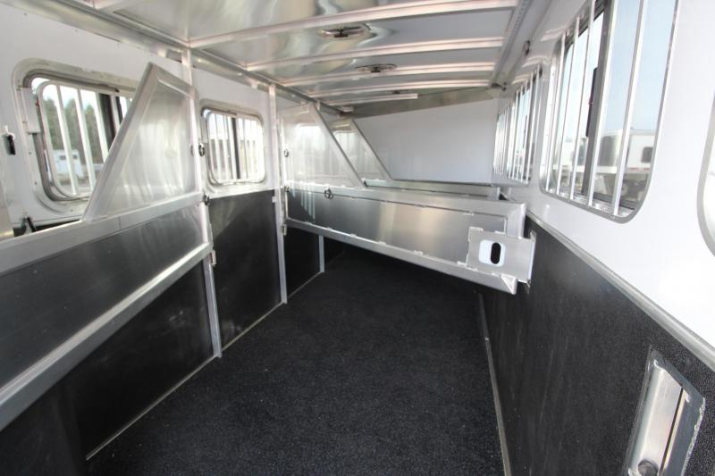 2021 Featherlite 7541 4HR GN Horse Trailer