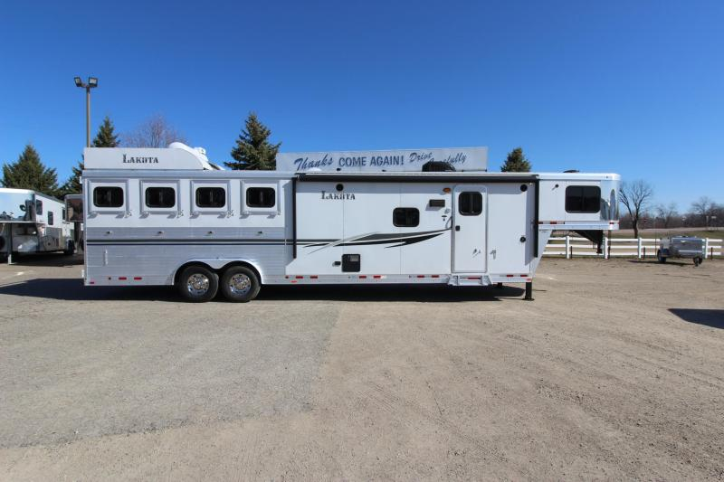 2014 Lakota 4HR GN 13' LQ with Slide Horse Trailer