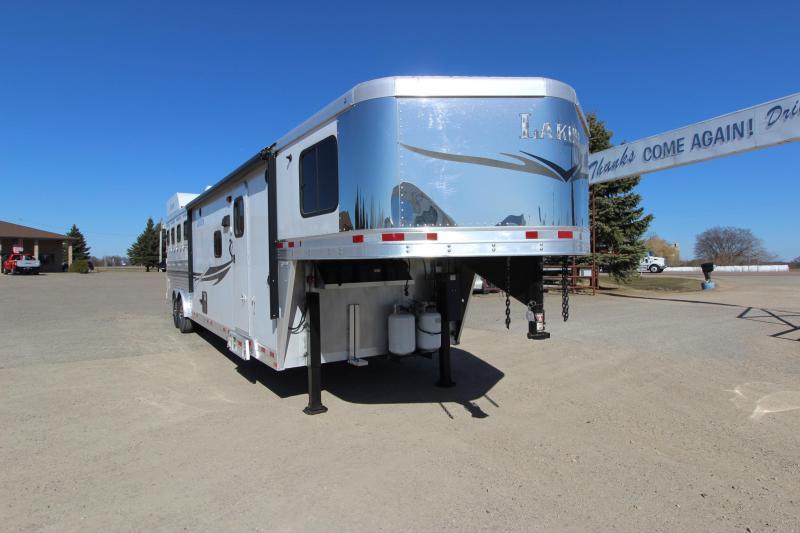 2014 Lakota 4HR GN 13' LQ with Slide Horse Trailer