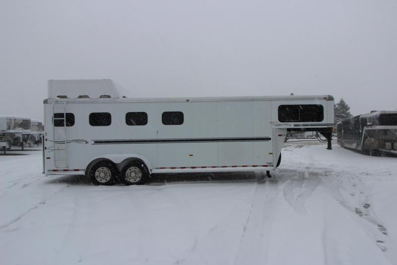 2004 Sundowner Trailers 4HR GN Horse Trailer