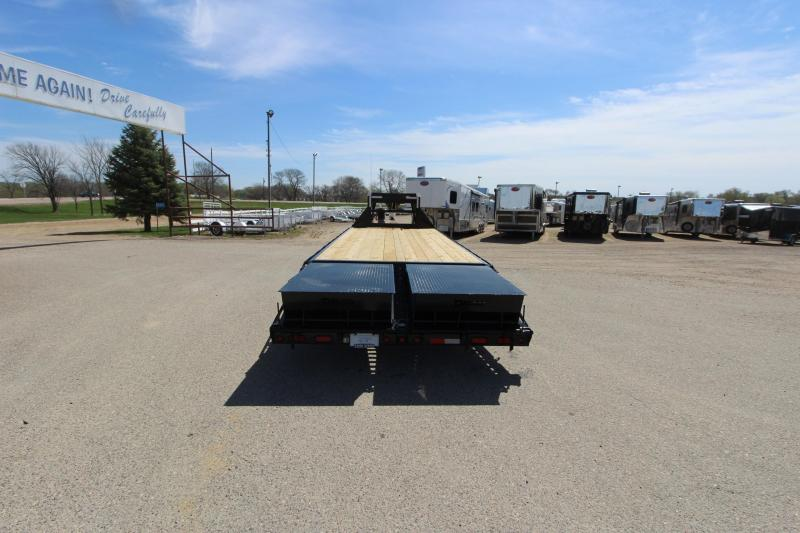 2020 Delco Trailers 20' + 5' GN Equipment Trailer