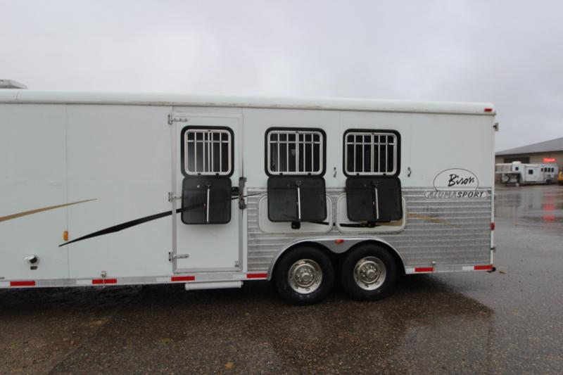 2007 Bison Trailers 3HR GN with 12' LQ and MT Horse Trailer